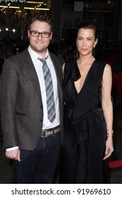 "Seth Rogan, Kristen Wiig at the ""Paul"" American Premiere, Chinese Theater, Hollywood, CA. 03-14-11"