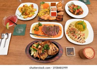 Setting an Elegant Thai Dinner Table