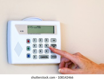 Setting home security alarm