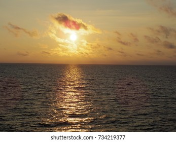 The setting sun which sets in the Sea of Japan