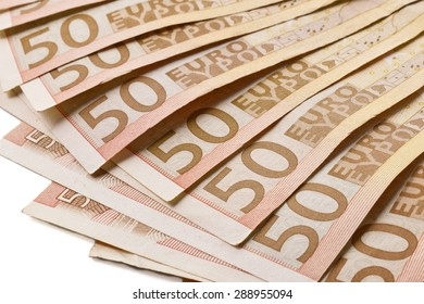 Several 50 euro banknotes fanned