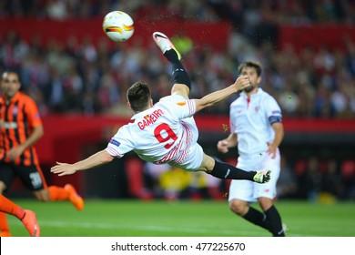 SEVILLA, SPAIN - MAY 5: Kevin Gameiro makes an overhead kick shot during the UEFA Europa League semi-finals match between FC Shakhtar Donetsk vs Sevilla FC, 5 May 2016, Ramon Sanchez Pizjuan, Spain