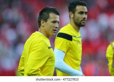 SEVILLA, SPAIN - MAY 5:  Yevhen Konoplyanka warms up before the UEFA Europa League second leg semi-finals match between FC Shakhtar Donetsk vs Sevilla FC, 5 May 2016, Ramon Sanchez Pizjuan, Spain