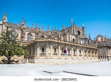 Seville Cathedral Images Stock Photos Vectors Shutterstock