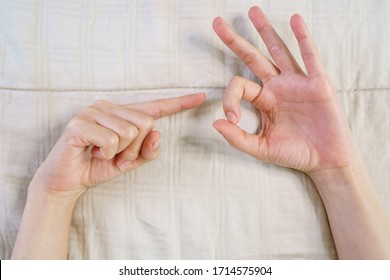 Sexual hand chart gestures 🏆 of Yahoo ist