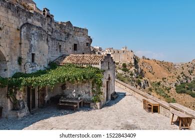 Sextantio - Le Grotte della Civita | Albergo Diffuso