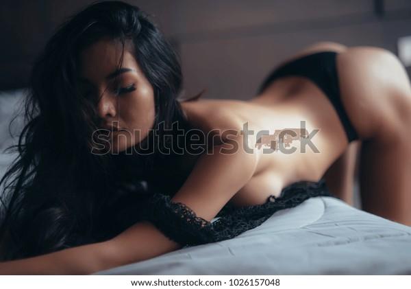 Erotic honeymoon sex vid