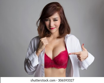 Asian girl showing her gorgeous boobs business your