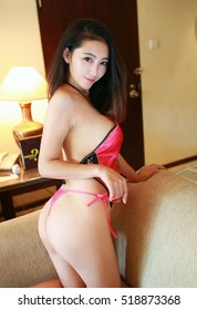 Young naked asian women