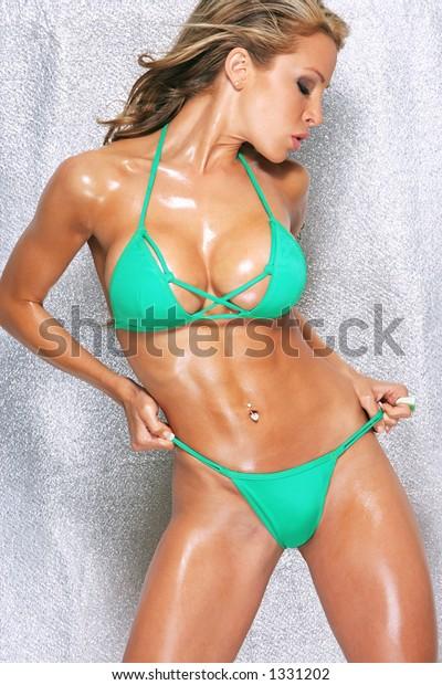 Asian babe butt
