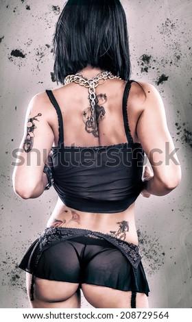 Erotic tatoo girl