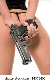 sexy-naked-woman-gun-260nw-14373403.jpg