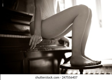 Apologise, but, Black and white photos nude women playing piano simply