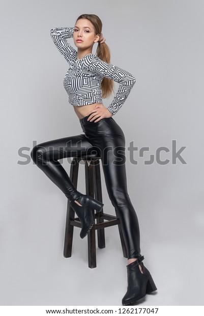 Sexy girls in leggins
