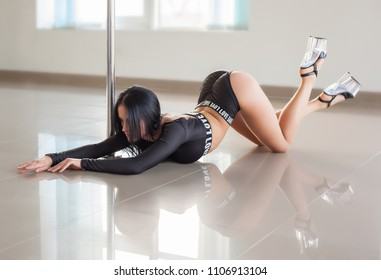Sexy woman dance in a studio