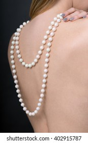 sexy woman with pearl necklace / Woman