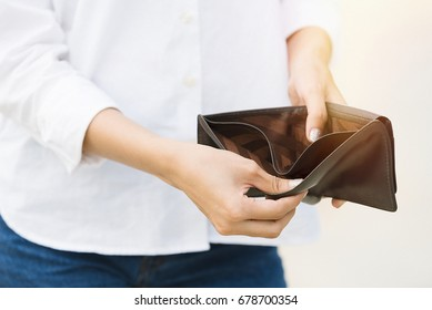 Sexy women with empty wallet.