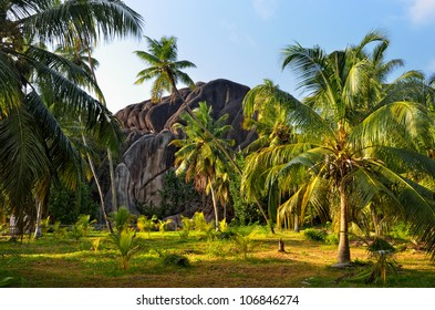 Seychelles, natural wonder form the L�¢â�¬â�¢Union Boulder is classified as a National Monument. The granite boulder was formed during the Precambrian, around 750 million years ago