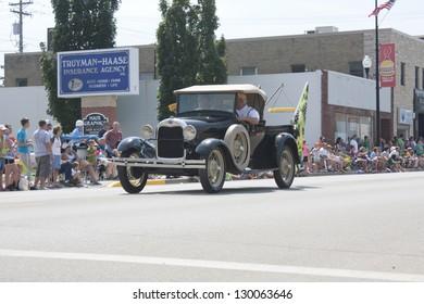 Model T Truck Images, Stock Photos & Vectors | Shutterstock