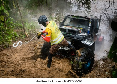 SG LEMBING, MALAYSIA - NOVEMBER 27, 2017: Rainforest Challenge Global Series Finals. Special stages of the offroad race in Sg Lembing on a rainy wet day