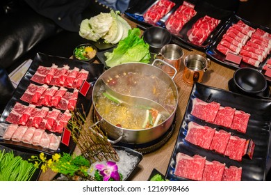 Shabu is a type of boiled food.