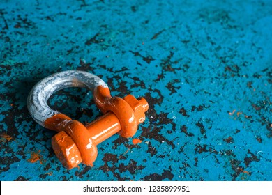 Shackle inspection and color coat