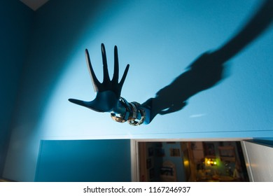 Shadow by hand with a watch