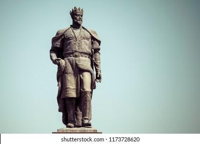 SHAHRISABZ, UZBEKISTAN - SEPTEMBER 02, 2018: The monument to the Turco-Mongol conqueror Amir Timur in Shahrisabz, Uzbekistan.