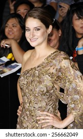 """Shailene Woodley at the Los Angeles premiere of """"Divergent"""" held at the Regency Bruin Theatre in Westwood on March 18, 2014 in Los Angeles, California."""