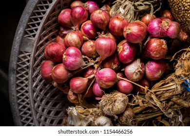Shallots are an important cash crop Of Southeast Asia. Thailand exports shallots .Thailand's popular shallots a food ingredient onion pungent flavor to expel the bloating, digestion and appetite.