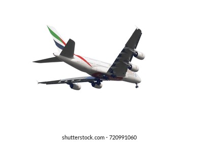 SHANGHAI, CHINA, April 2? 2015?Emirates Airline Airbus A380 (A6-EEC)flying in the sky. Airbus A380 is the world's biggest jet airliner