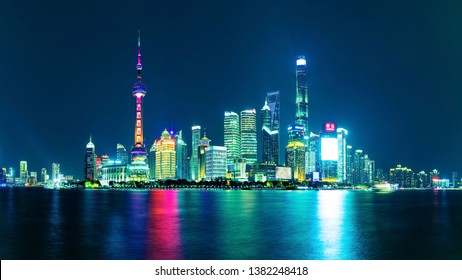 Shanghai - China - October 30 ,2018:Shanghai The Bund , located on the Bank of the Huangpu River in the Central District of Shanghai, It is a scenic spot in Shanghai.