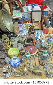SHANGHAI, CHINA-MAY 4:  Dongtai Lu Antique Market Chinese items on sales. The market is great for mementos and souvenirs of Shanghai. May 4, 2007 Shanghai, China