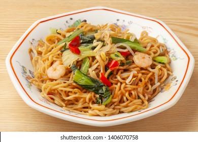 Shanghai Fried noodles.   Shanghai Yakisoba