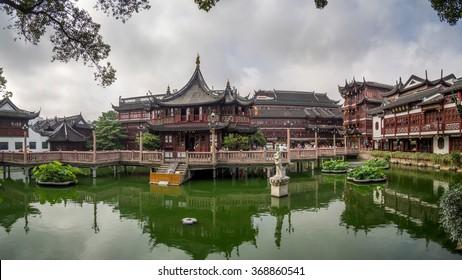 SHANGHAI, PEOPLE REPUBLIC CHINA - CIRCA JUNE 2015: Oldtown