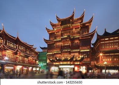 Shanghai yuyuan night view