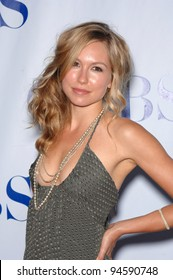 """Shark star Sarah Carter at the CBS Summer Press Tour """"Stars Party 2007"""" on the Wadsworth Theatre Great Lawn. July 20, 2007  Los Angeles, CA Picture: Paul Smith / Featureflash"""