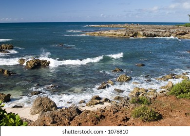Shark's Cove, one of the many scenic stops along Oahu's famous North Shore.