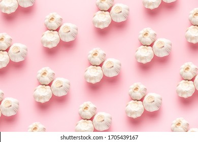 sharp and gentle garlic pattern on a pink background on top