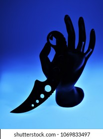 Sharp Karambit Knife