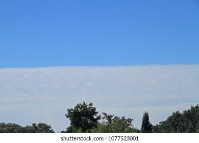 sharp-edged cloud border