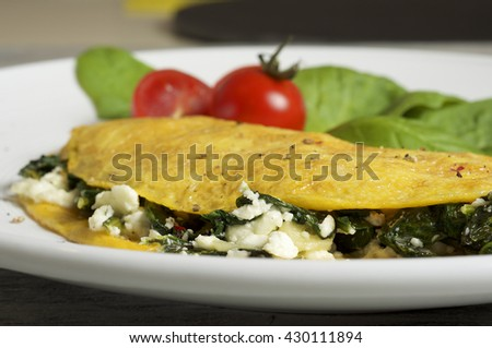 Sheep cheese and spinach omelette