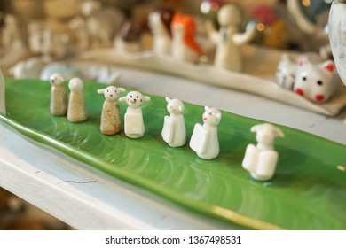 sheep shape ceramic objet
