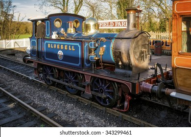 SHEFFIELD PARK, EAST SUSSEX/UK - NOVEMBER 22 : Bluebell Steam Train at Sheffield Park Station East Sussex on November 22, 2015. Unidentified person.