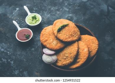 Shegaon or Rajasthani Kachori served with green Chutney and tomato ketchup