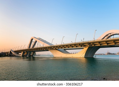 Sheikh Zayed Bridge, Abu Dhabi, United Arab Emirates. Horizontal shot