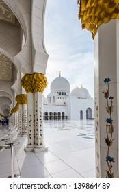 Sheikh Zayed Grand Mosque (Abu-Dhabi, UAE)