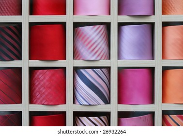 Shelf with diverse color ties