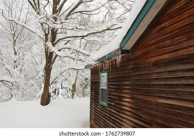 Shenandoah Valley country farm house after heavy snow in the winter