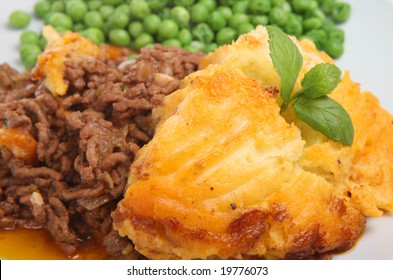 Shepherds pie with peas.